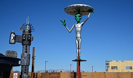 Un mouvement humain, le raid de la Zone 51 (Nevada) #Geek #Aliens #Area51