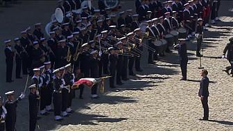 Hommage national aux premiers maîtres Cédric de Pierrepont et Alain Bertoncello, morts pour la France.