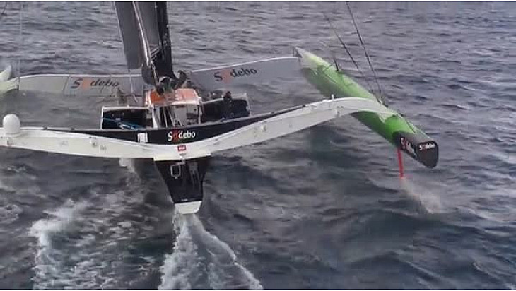 Thomas Coville à l'assaut du record du Tour du Monde en solitaire sur le Trimaran Sodebo