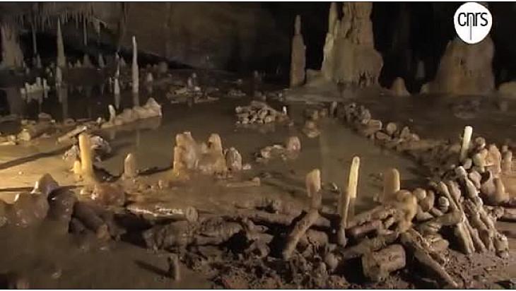 #Prehistoire : Grotte de #Bruniquel découverte d'une structure aménagée vieille de 175 000 ans @prefetLRMP @CNRSMip @INEE_CNRS @Tvlocale_fr