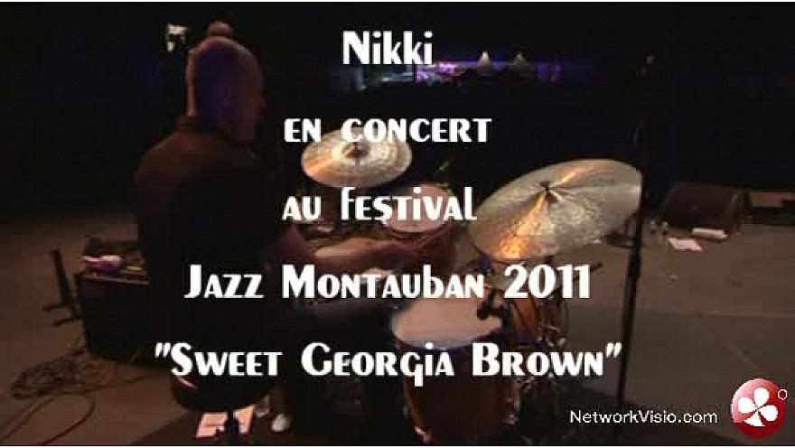 Jazz - Nikki Yanofsky  chante