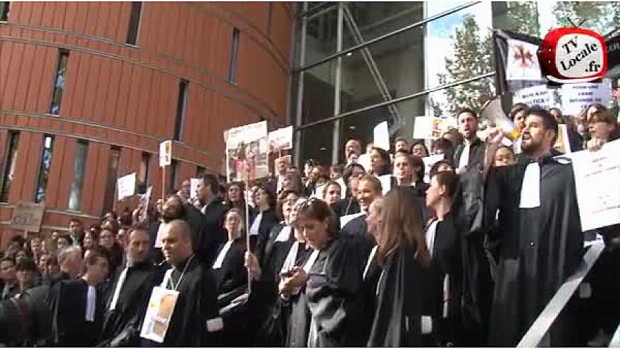 Toulouse : manifestation des avocats contre la Réforme de l'AJ