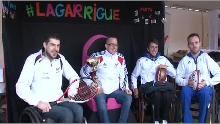 @Toulouse : Sensibilisation au Handisport avec @emiliegomis et Clavel Kayitaré de @SportEDF @FFHandisport #TvLocale_fr