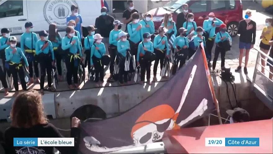 Approche Rurale TV  Smartrezo vous présente  l'Ecole Bleue de Pierre Frolla qui transmet aux jeunes sa passion pour la plongée @PierreFROLLA