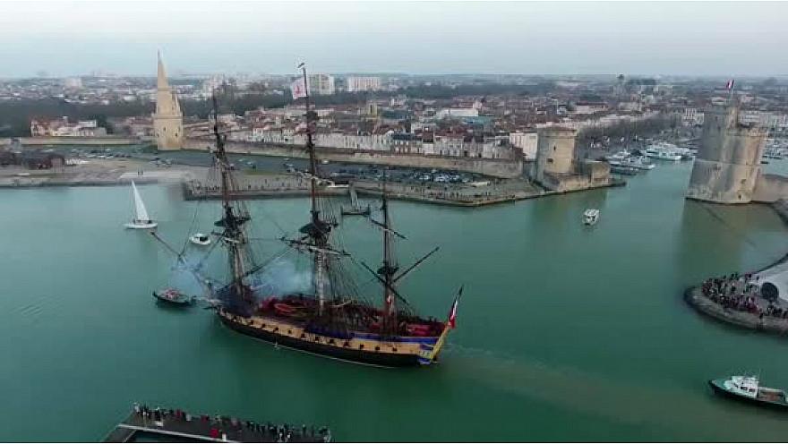 l'Hermione a levé l'ancre de La Rochelle ce 21 février 2018 pour rejoindre la Méditerranées @LHERMIONE_SHIP