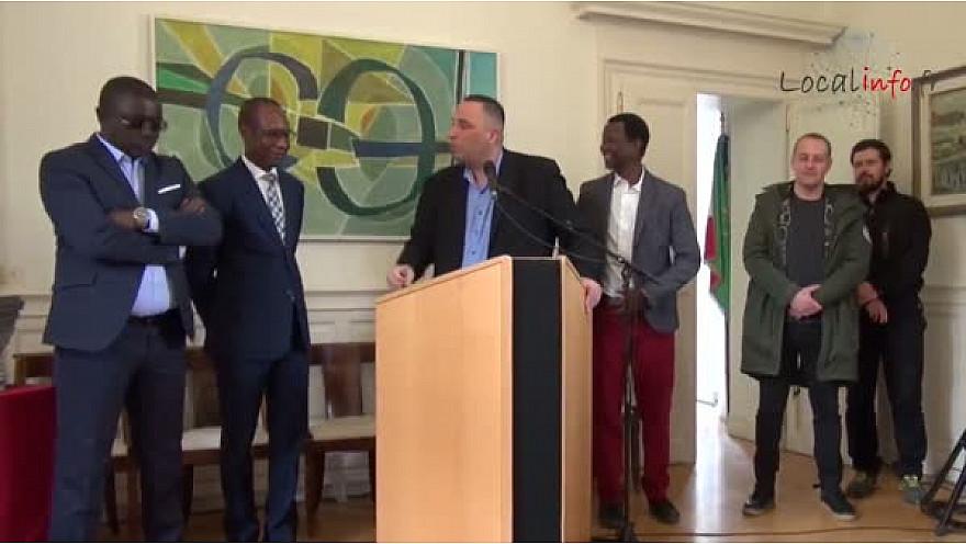L'équipe nationale féminine de HandBall du Sénégal reçue à Nantes en présence de Amadou Diallo Consul Général du Sénégal &am