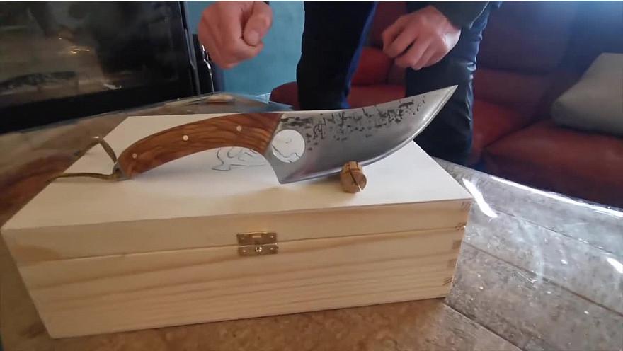 Approche Rurale TV :  Les couteaux de Titos
