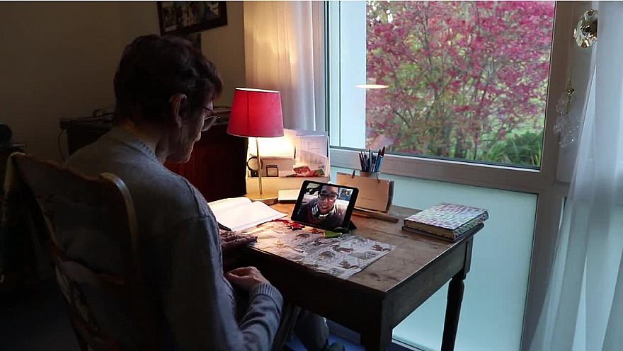 Vie Sociale en EHPAD : quand SKYPE gomme la distance et enrichit le quotidien